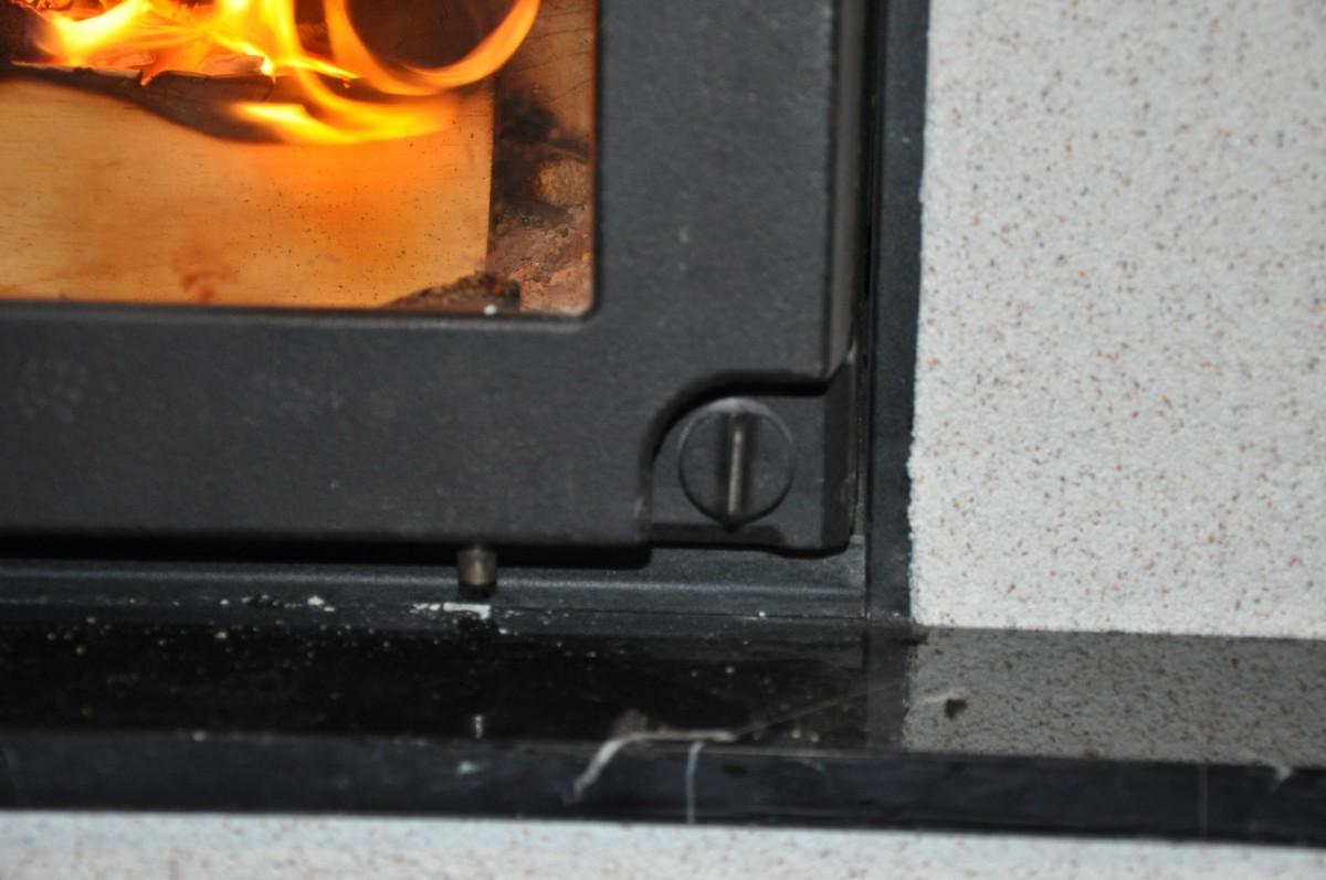 тумблер подачи воздуха - интенсивности горения в Keddy Maxette